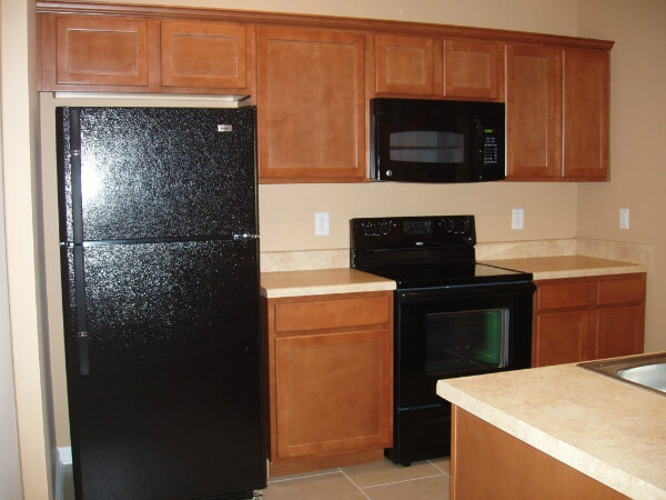 kitchen with appliances