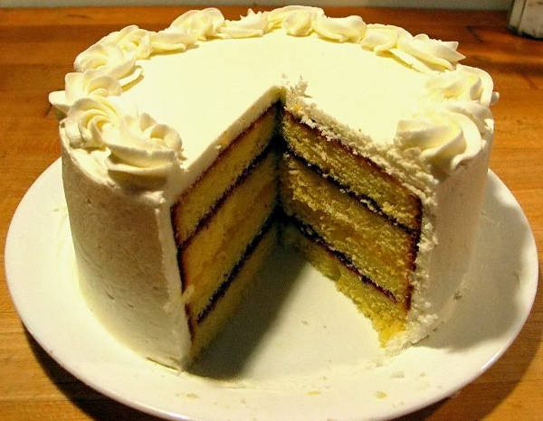 a perfectly sliced cake